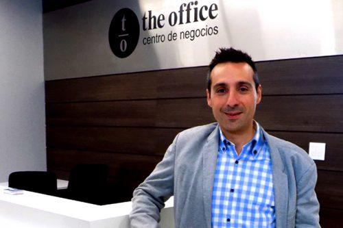 Héctor Aldea y la gestión administrativa