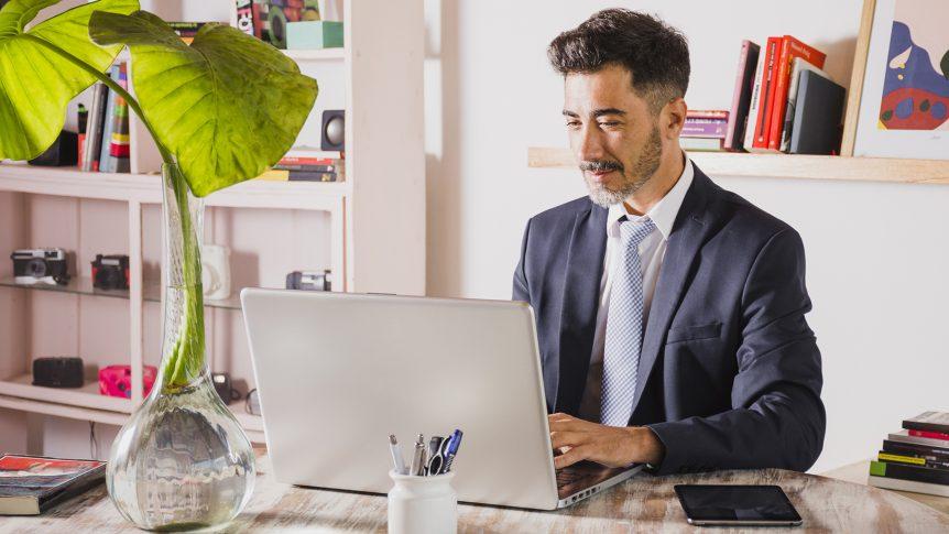 Oficinas abirtas provocan estrés